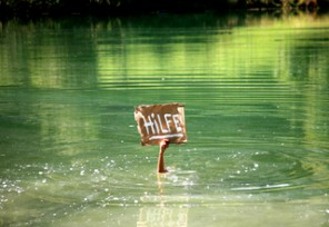 Bevor Ihnen das Wasser bis zum Hals steht .... Finanzcoaching!